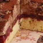 Puszyste ciasto czekoladowo-wiśniowe z ciastkami McVitie's – przepis