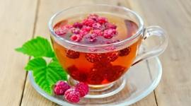 Pysznie przywitaj nowy rok… czyli drinki z dodatkiem herbaty LIFESTYLE, Żywienie - Zabawa noworoczna kojarzy się wszystkim z tradycyjnymi trunkami, a może warto zmienić swoje przyzwyczajenia i przygotować nowe drinki, które świetnie smakują i co więcej ładnie wyglądają.