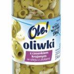 Oliwki z czosnkiem krojonym w oleju z ziołami: wykwintny dodatek do fantazyjnych